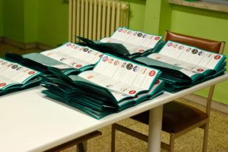 Seggi-elettorali-1-325x217
