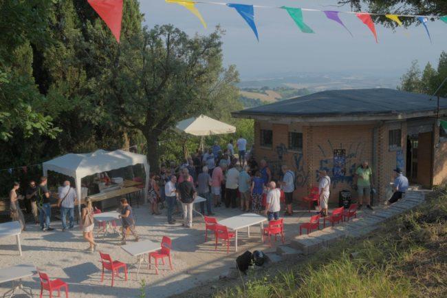 inaugurazione-chiosco-sasso-ditalia-macerata-2020-foto-ap-37-650x433