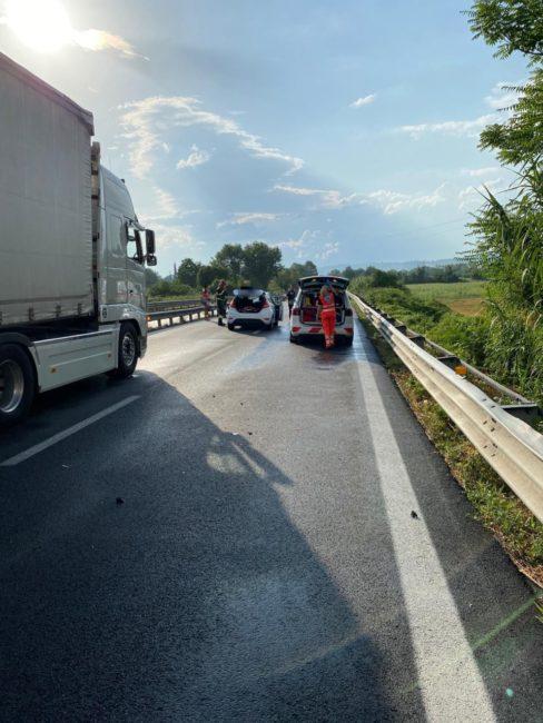 incidente-superstrada-morrovalle-corridonia-1-6-488x650