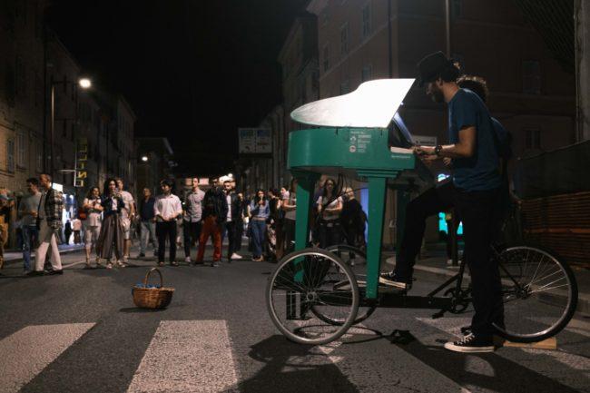 notte-dellopera-corso-cairoli-macerata-2020-foto-ap-11-650x433