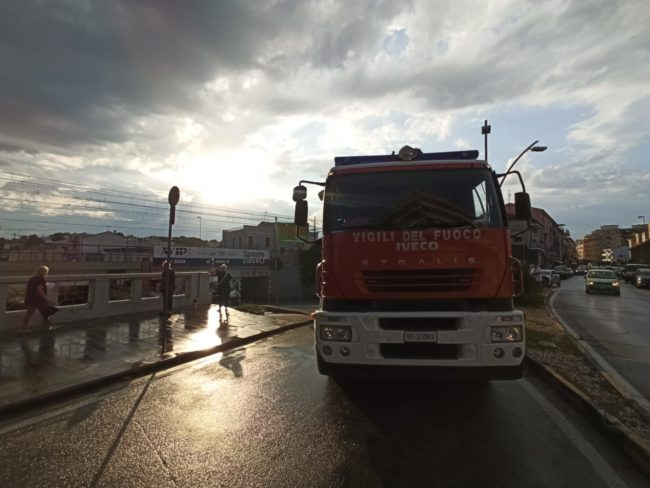 sottopasso-furgone-1-650x488