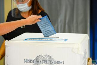 Elezioni_Seggi_2020-15-325x217