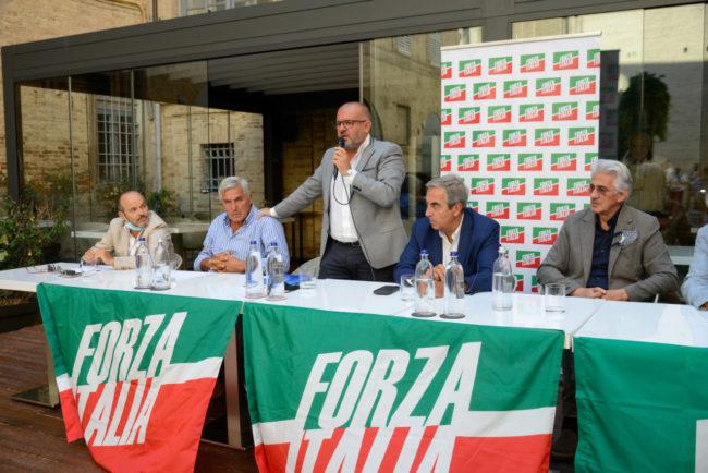 ForzaItalia_Gasparri_FF-10-650x434