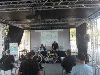 bike-festival1-325x244