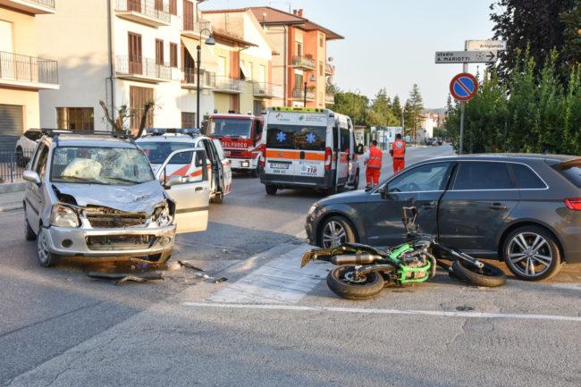 incidente-mortale-via-don-bosco-montecosaro-1-650x433