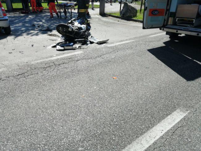 incidente-provinciale-urbisaglia-3-650x488