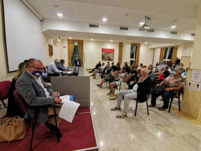 incontro_parcaroli_associazioni-6-650x488