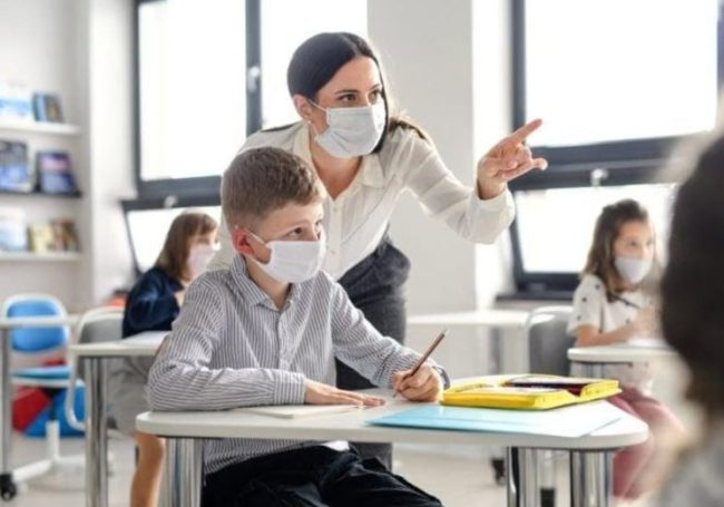 scuola-scuole-mascherine-covid-2-1-650x455