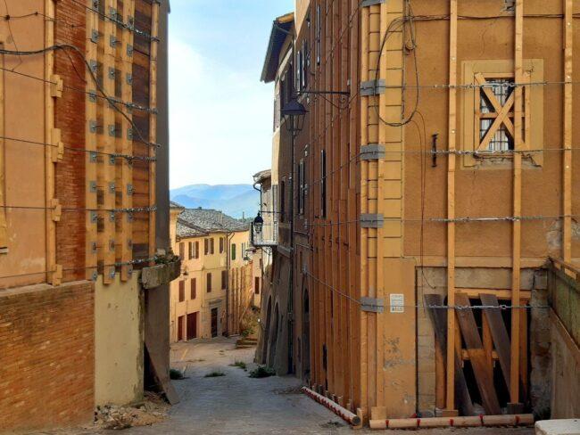 Camerino-terremoto-2020-centro-storico-650x488