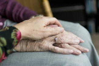 citta-amica-demenza-aiuto-anziani