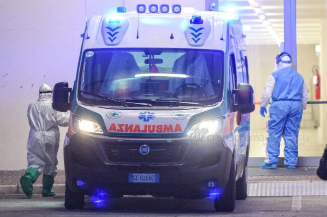 primo-paziente-covid-hospital-fiera-civitanova-FDM-2-650x433
