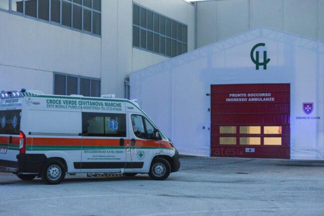 primo-paziente-covid-hospital-fiera-civitanova-FDM-6-650x434