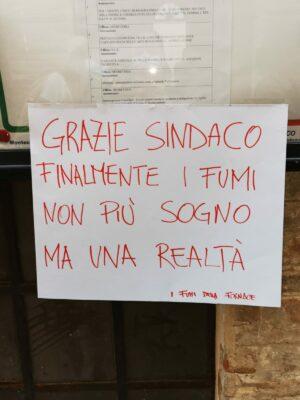 protesta-fabbrica-montecassiano1-300x400