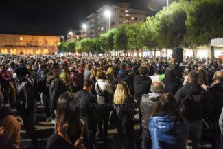 protesta-ristoratori-covid-piazza-xx-settembre-civitanova-FDM-11-325x217