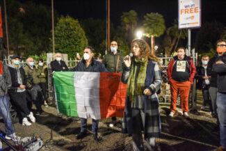 protesta-ristoratori-covid-piazza-xx-settembre-civitanova-FDM-17-325x217