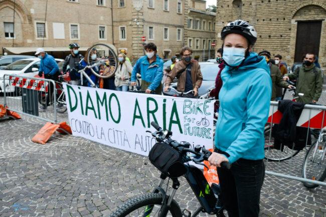 BikeForFuture_PiazzaLiberta_FF-6-650x433