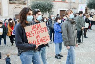 Manifestazione_Aborto_FF-11-325x217