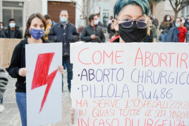 Manifestazione_Aborto_FF-12-650x434