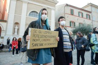 Manifestazione_Aborto_FF-17-325x217