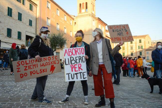 Manifestazione_Aborto_FF-25-650x434
