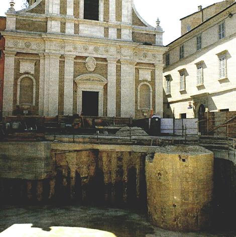POZZO-DEL-XV-sec.-in-occasione-degli-scavi-del-2000-2005-r