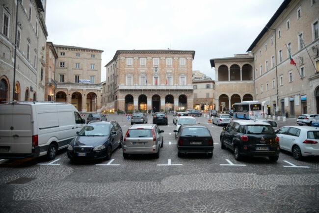 PiazzaLiberta_Parcheggi_FF-1-650x434