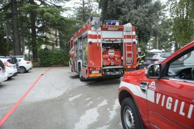 incendio-cabina-enel-3-650x433