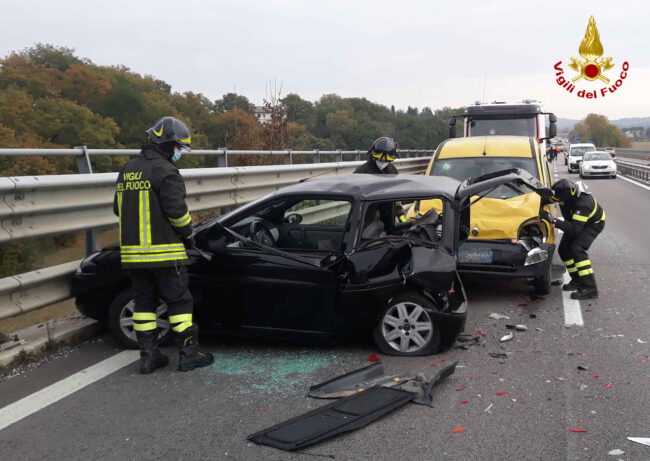 incidente-pollenza-superstrada-1-650x461