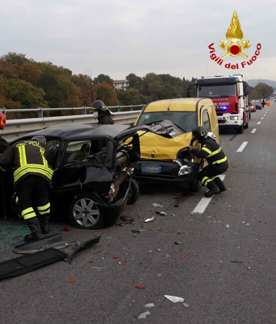 incidente-pollenza-superstrada-2-553x650