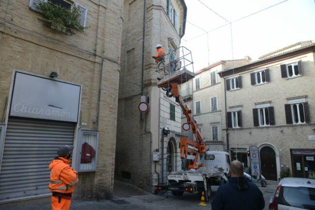 luminarie_piazza_liberta-8-650x433