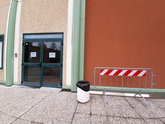 ospedale-camerino-nuovo-ingresso-ambulanze-covid-4-650x488