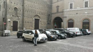 parcheggi-piazza-liberta-macerata-1-325x183