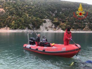 vigili-del-fuoco-recupero-lago-di-fiastra-2-325x244
