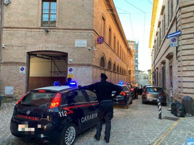 arresti-spaccio-macerata7_censored-650x488