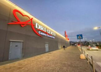 centro-commerciale-cuore-adriatico-natale-2020-covid-civitanova-FDM-15-325x233