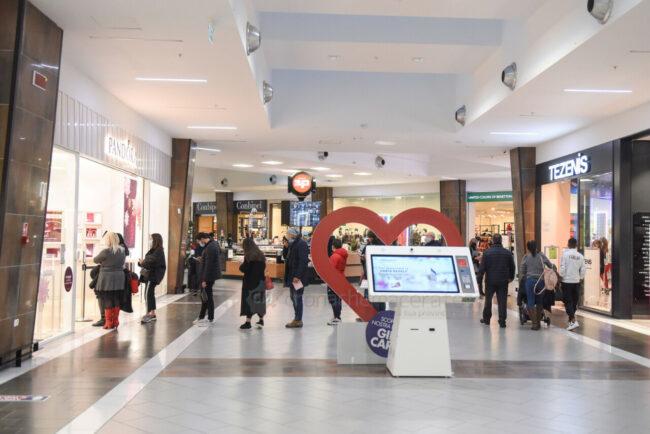 centro-commerciale-cuore-adriatico-natale-2020-covid-civitanova-FDM-7-650x434