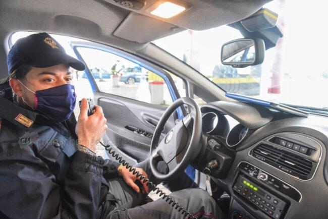 controlli-spostamenti-covid-polstrada-polizia-stradale-superstrada-civitanova-FDM-9-650x434