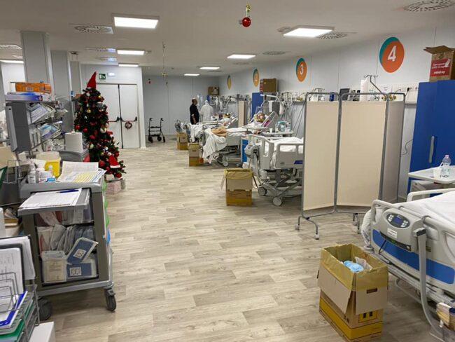 covid-hospital-natale-bertolaso-2-650x488