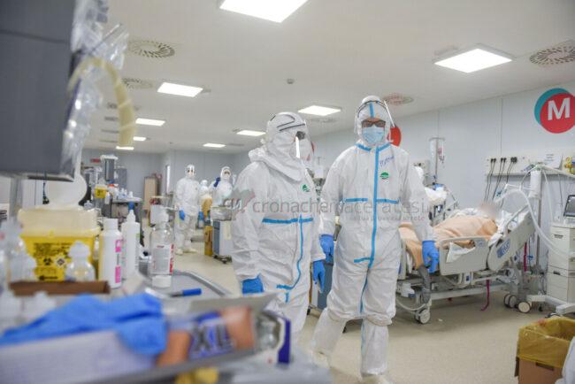 reparti-covid-hospital-civitanova-FDM-10-650x434