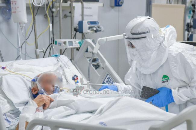 reparti-covid-hospital-civitanova-FDM-9-650x433