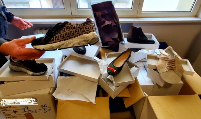 scarpe-false-gdf