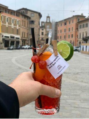 cocktail-con-bigliettino-1-300x400