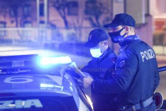 controlli-polizia-coprifuoco-statale-adriatica-civitanova-FDM-5-325x217