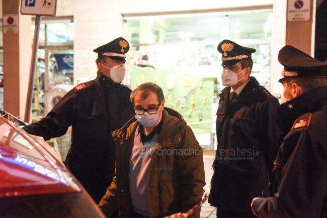 decesso-in-auto-carabinieri-medico-legale-cingolani-via-dante-alighieri-civitanova-FDM-10-650x434