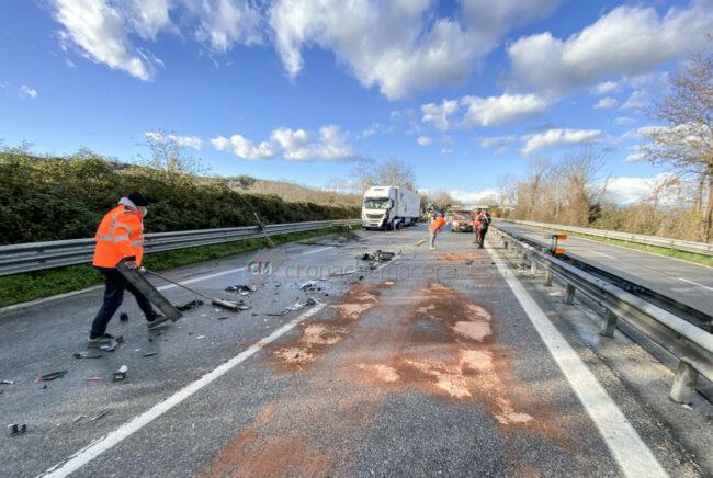 incidente-ghiaccio-in-superstrada-polstrada-e-cc-morrovalle-FDM-13-650x436