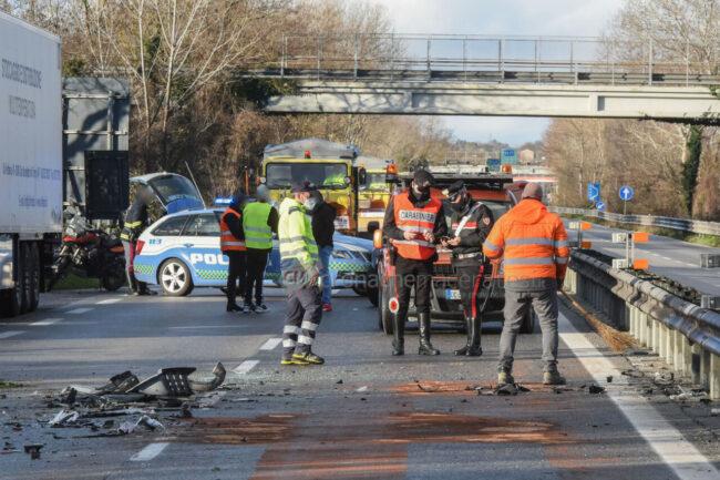 incidente-ghiaccio-in-superstrada-polstrada-e-cc-morrovalle-FDM-6-650x433