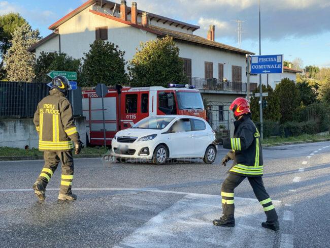 incidenti-per-ghiaccio-in-strada-via-dannunzio-strada-vergini-civitanova-FDM-4-650x488