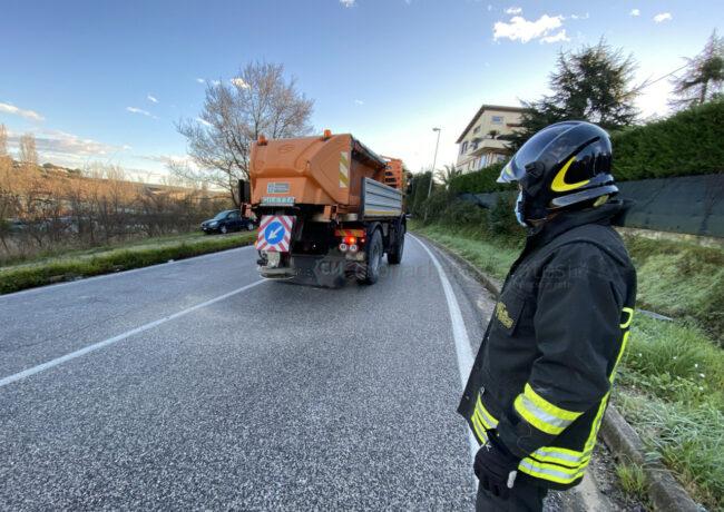 incidenti-per-ghiaccio-in-strada-via-dannunzio-strada-vergini-civitanova-FDM-5-650x460
