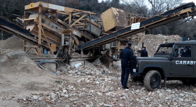 indagine-rifiuti-carabinieri-forestali1-650x357