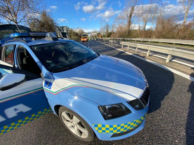 polizia-stradale-superstrada-archivio-arkiv